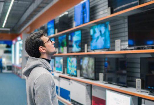 Tipps für Sparfüchse: So gelangen Sie günstig an einen Fernseher
