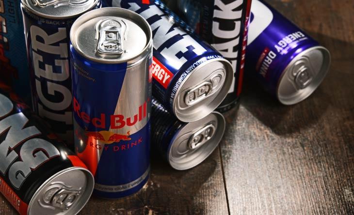 Abhängigkeit und Nebenwirkungen von Energy Drinks