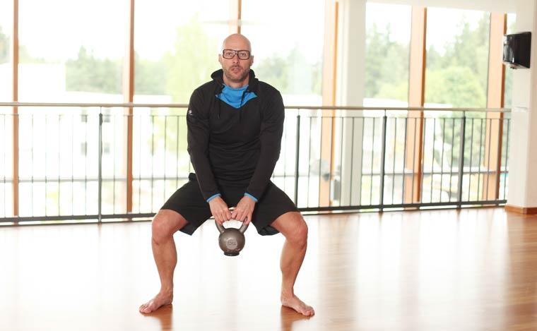 Kniebeugen mit Hantel - Sprungkraft steigern
