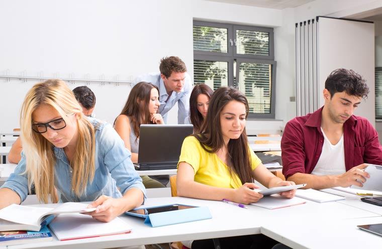 Studiengänge - Sozialpädagogik berufsbegleitend studieren