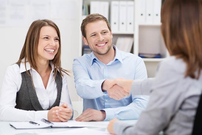 Die Berechnung für die Vermittlungsgebühren eines Maklers ist beim Verkauf eines Objekts Verhandlungssache