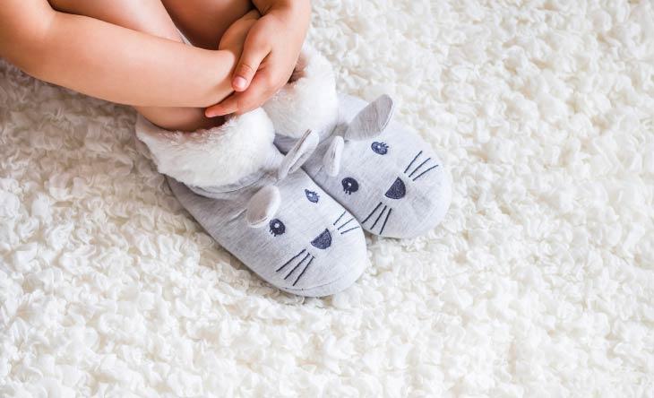 Hausschuhe für Kinder finden