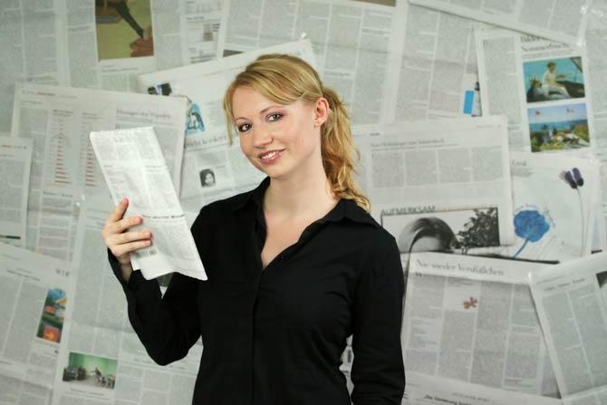 Journalistin in Redaktion