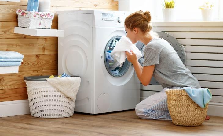 Tipps zur Reinigung und Pflege von Kleidungsstücken