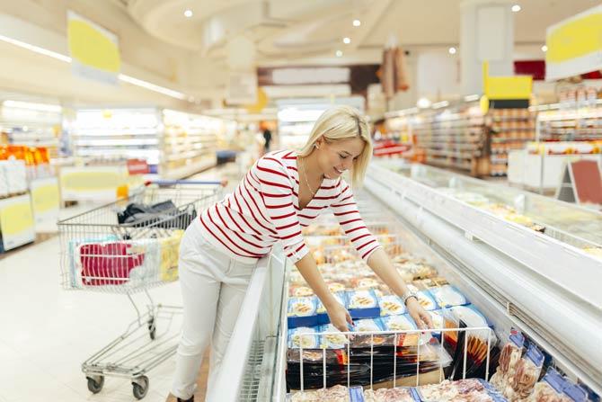 Tiefkühlkost erst am Ende eines Einkaufs in den Einkaufswagen legen