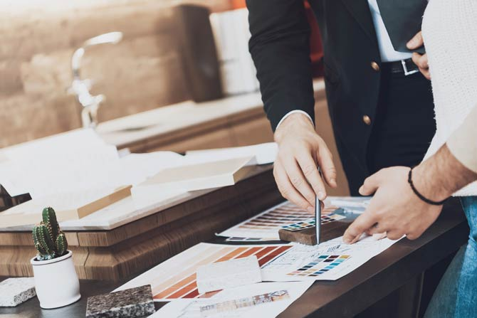 Der Verkäufer sollte sich unbedingt dem Informationsniveau des Kunden anpassen