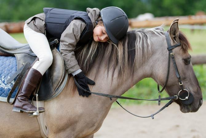 Mensch und Tier gehen eine harmonische Verbindung ein