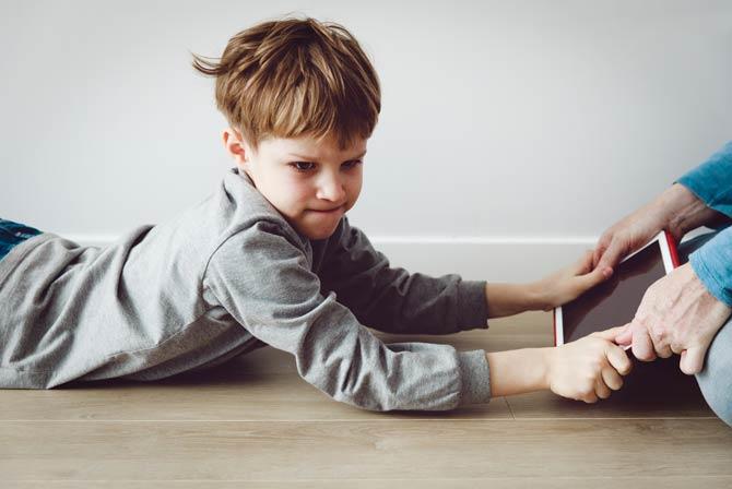 Symptome - Internetsucht bei Kindern und Jugendlichen