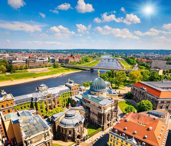 Elbe - Dresden - Frauenkirche
