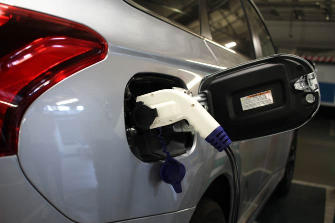 Plug-in-Hybrid aufladen