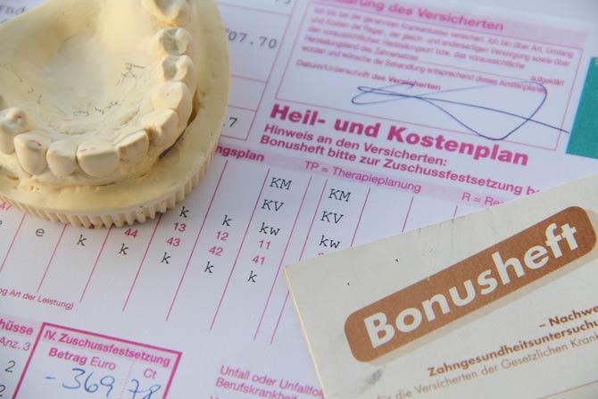 Zahnersatz und Bonusheft