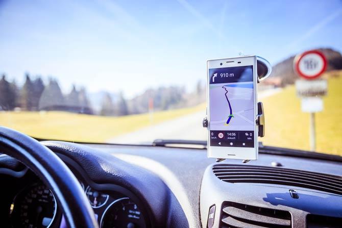Handy-Halterung fürs Auto