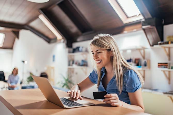 Auf die Seriosität der Online-Händler achten