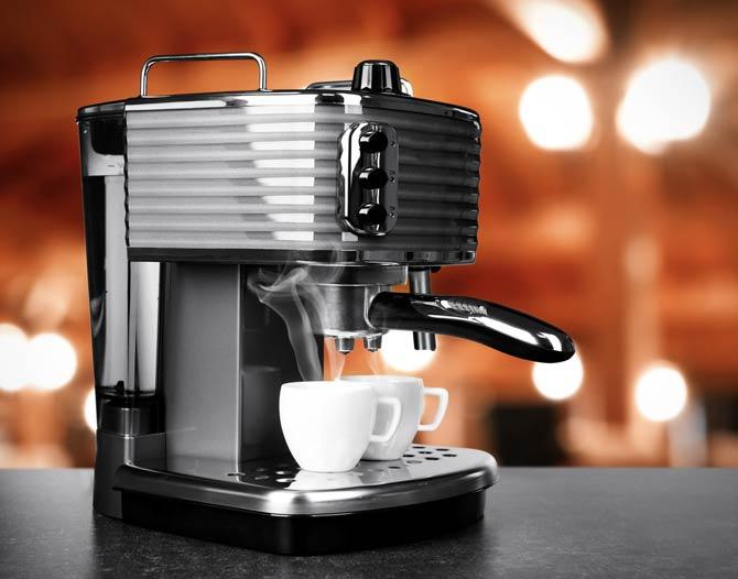 Handling und Funktionalität eines Kaffeevollautomat