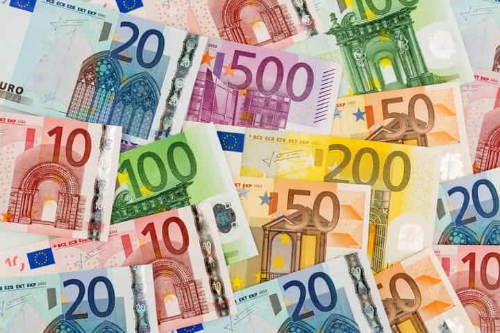 Die Bauwerke auf den Euro-Geldscheinen sind nicht echt
