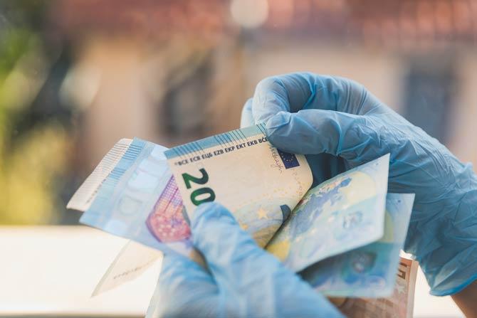 Geldscheine als Keimschleuder