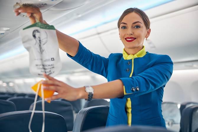 Sauerstoffmasken im Flugzeug
