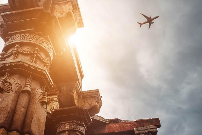 Flugzeug über Indien